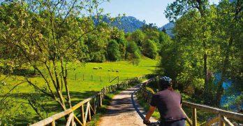 """Libro """"25 rutas de cicloturismo de alforjas por Asturias"""""""